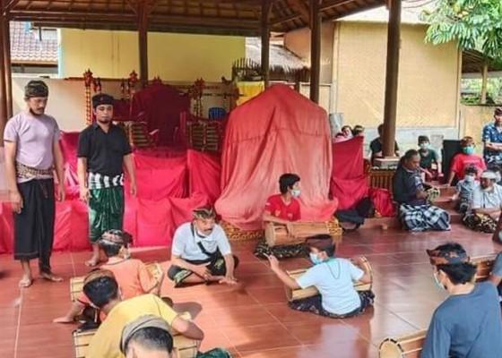 Nusabali.com - lestarikan-seni-bantah-bangkitkan-feodal