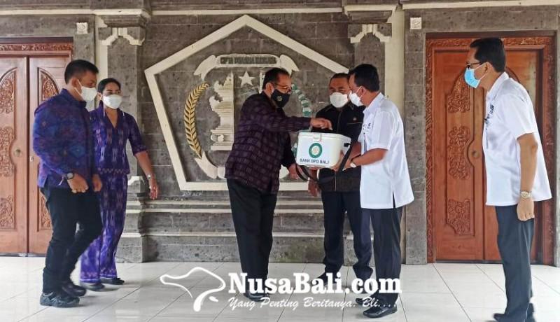 www.nusabali.com-bpd-bali-serahkan-bantuan-penyimpan-vaksin