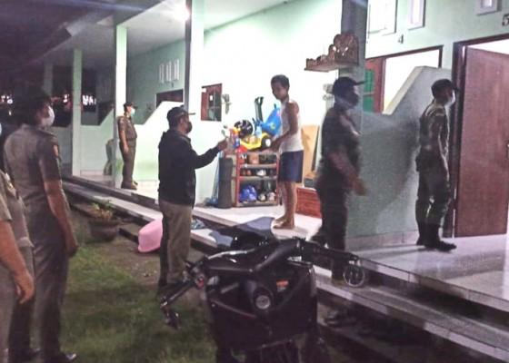 Nusabali.com - satpol-pp-jaring-17-penduduk-pendatang