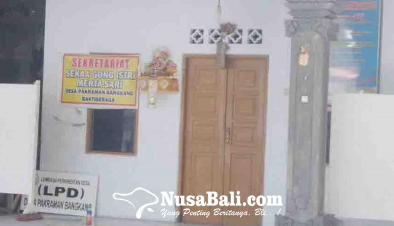 www.nusabali.com-nasabah-lpd-bangkang-datangi-polres-buleleng
