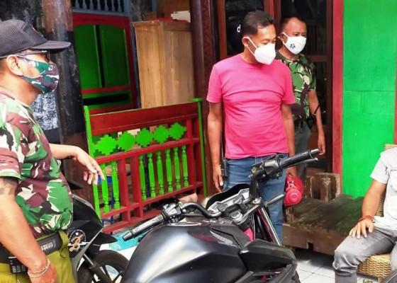 Nusabali.com - niat-cari-kerja-di-legian-pemuda-dikeroyok-massa