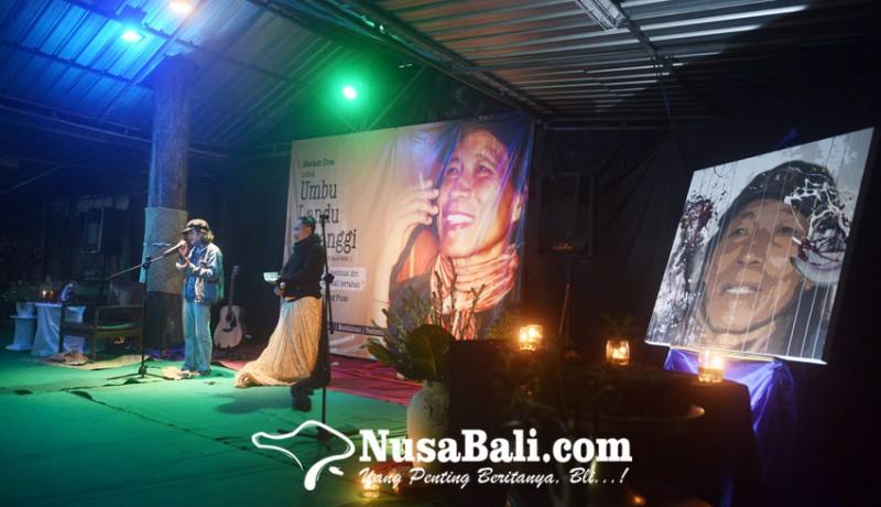 www.nusabali.com-siang-ini-mahaguru-penyair-diantarkan-ke-rumah-sunyi-di-mumbul