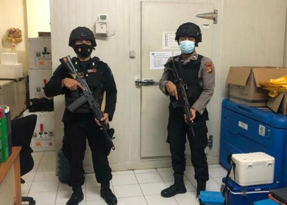 Nusabali.com - gudang-vaksin-covid-19-dijaga-personel-brimob-bersenjata