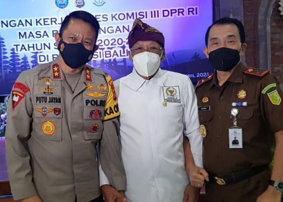 Nusabali.com - polda-dan-phdi-diminta-intensifkan-koordinasi