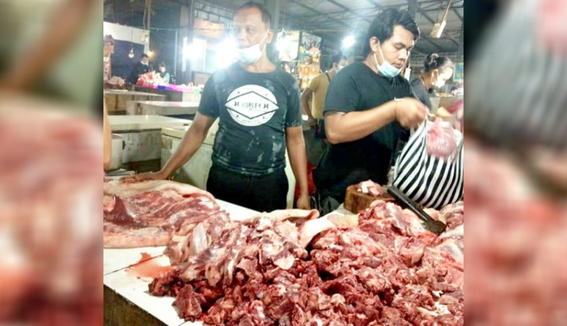 www.nusabali.com-kesehatan-daging-babi-dicek-jelang-penampahan-galungan