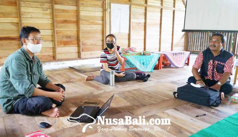 www.nusabali.com-pegiat-pendidikan-buat-sd-berbasis-kearifan-lokal