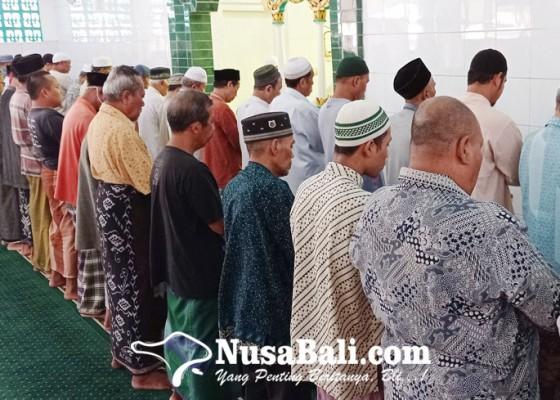 Nusabali.com - satgas-covid-19-izinkan-shalat-tarawih-di-masjid-namun-wajib-taat-prokes