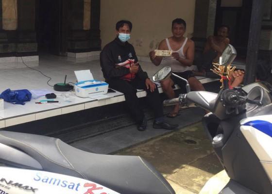 Nusabali.com - program-samsat-kerti-kejar-penungak-pajak-kendaraan