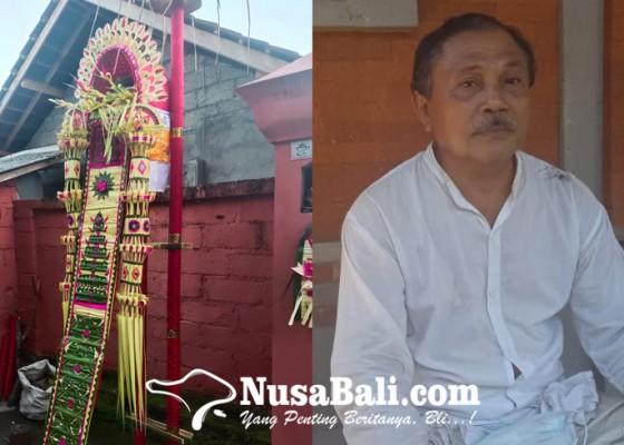 Nusabali.com - pasangan-pengantin-baru-mendapat-jotan-tumpeng
