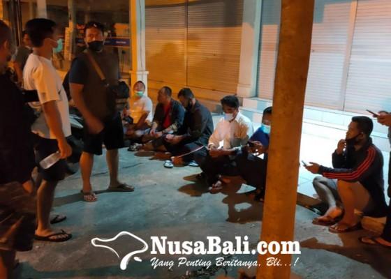 Nusabali.com - perampok-berpistol-satroni-apotek-kimia-farma-batuan-gianyar
