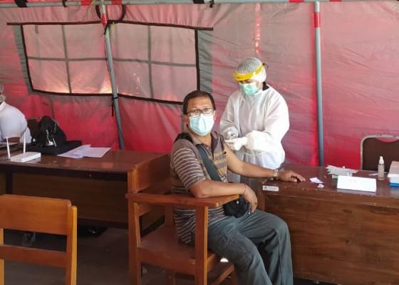 Nusabali.com - gianyar-optimalkan-vaksinasi-lansia