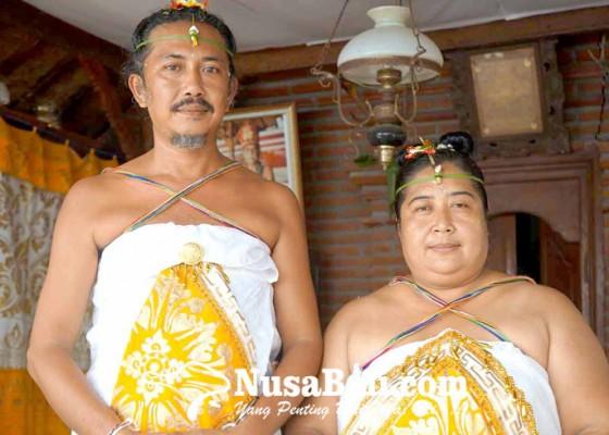Nusabali.com - sepasang-walaka-di-desa-bungaya-jalani-upacara-diksita