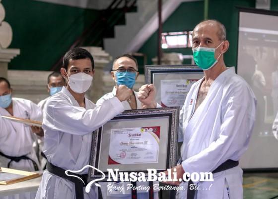 Nusabali.com - pelatih-timnas-gembleng-atlet-kki-bali-papan-atas