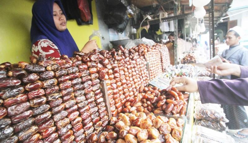 www.nusabali.com-penjualan-kurma-meningkat