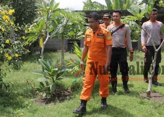 Nusabali.com - dadong-rena-ngilang-rescue-sisir-2-sungai