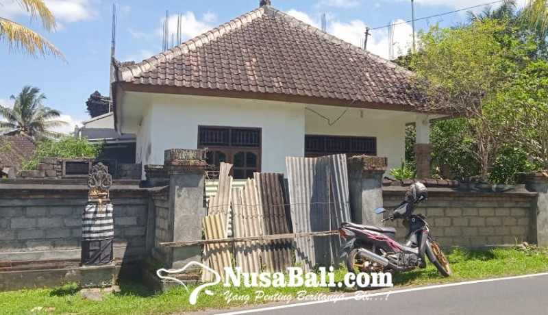 www.nusabali.com-rumah-kelahiran-desak-made-di-desa-melinggih-payangan-sepi