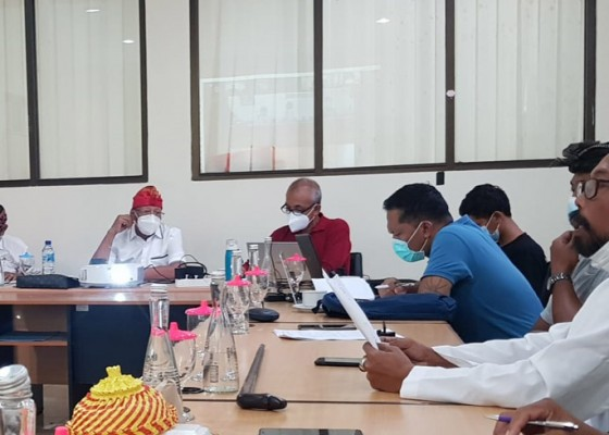 Nusabali.com - minta-maaf-desak-darmawati-tetap-diperkarakan