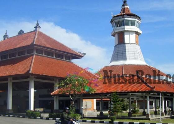 Nusabali.com - dewan-minta-pegawai-di-terminal-mengwi-tidak-gusar