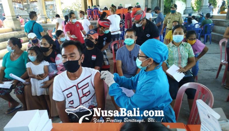 www.nusabali.com-genjot-zona-hijau-pariwisata-vaksinasi-massal-digelar-di-kalibukbuk-lovina