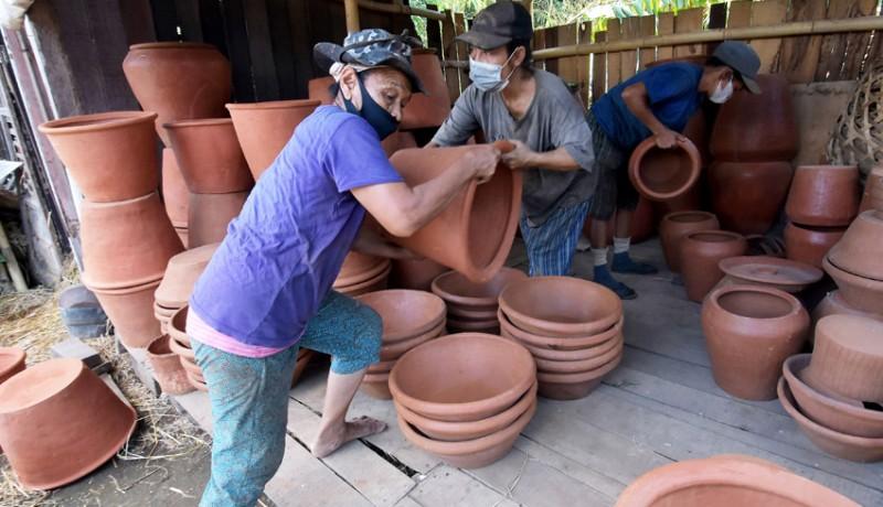 www.nusabali.com-penyaluran-kur-bagi-umkm-di-denpasar