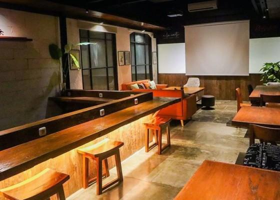 Nusabali.com - work-from-cafe-working-space-redwhite-coffee-denpasar-jadi-pilihan-yuk-kepoin