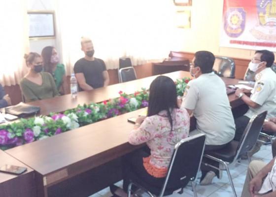 Nusabali.com - satpol-pp-rekomendasikan-deportasi-bule-prank-prokes
