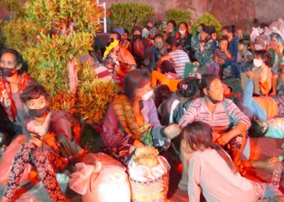 Nusabali.com - untuk-efek-jera-langsung-diserahkan-ke-dinas-sosial-karangasem