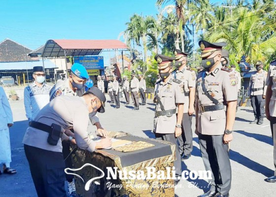 Nusabali.com - tangkap-bandar-30-kg-ganja-iptu-budi-artama-promosi