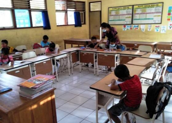 Nusabali.com - ppkm-mikro-diperpanjang-jembrana-tunda-pembelajaran-tatap-muka