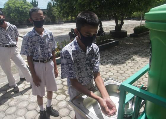 Nusabali.com - kecamatan-petang-jadi-percontohan-pembelajaran-tatap-muka-di-badung