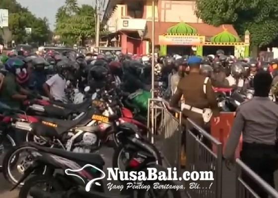 Nusabali.com - polisi-siap-putar-balik-di-pos-gilimanuk