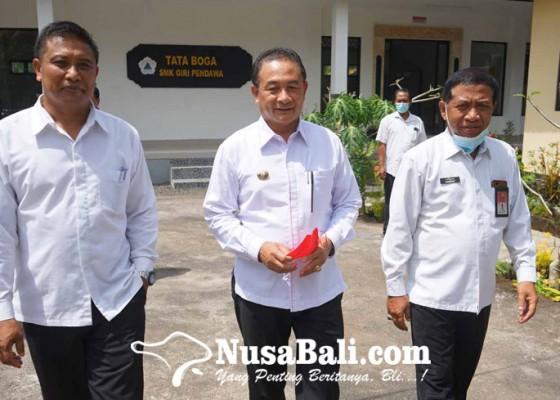 Nusabali.com - bupati-minta-smk-giri-pendawa-buka-jurusan-pertanian