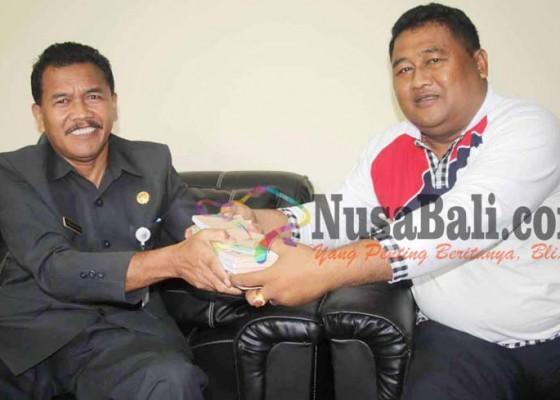 Nusabali.com - pengusaha-galian-c-kembalikan-faktur