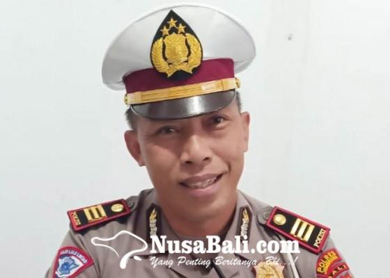 Nusabali.com - polisi-ancam-sita-kendaraan-umum