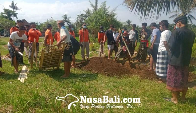 www.nusabali.com-dikubur-nyulubang-jenazah-tanpa-kepala