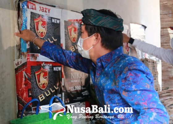 Nusabali.com - bupati-suwirta-copot-reklame-rokok