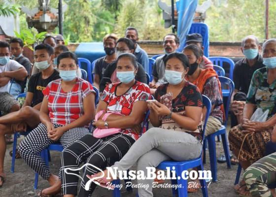 Nusabali.com - bpum-cair-warga-terima-rp-12-juta
