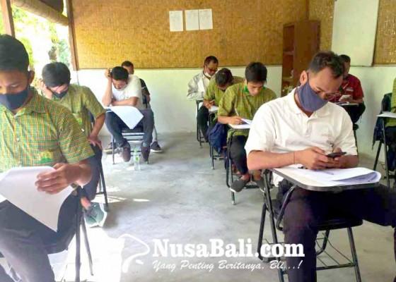 Nusabali.com - 60-siswa-paket-c-absen-ujian-sekolah