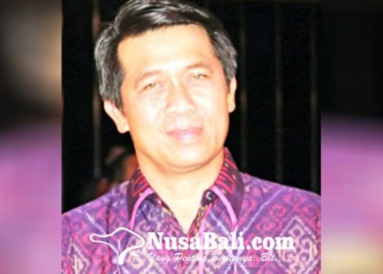 Nusabali.com - suwirta-masuk-kandang-banteng