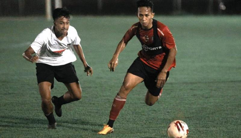 www.nusabali.com-bali-united-senior-libas-juniornya-3-1