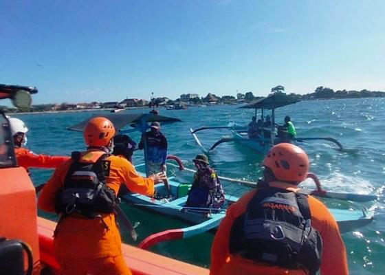Nusabali.com - mesin-jukung-mati-3-nelayan-diselamatkan-basarnas