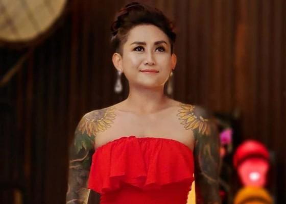 Nusabali.com - ungkap-perlawanan-dewi-pradewi-luncurkan-buku-tato-perempuan-bali