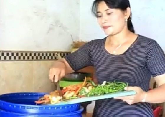 Nusabali.com - dapur-masing-masing-warga-di-desa-punggul-diberikan-tong-edan