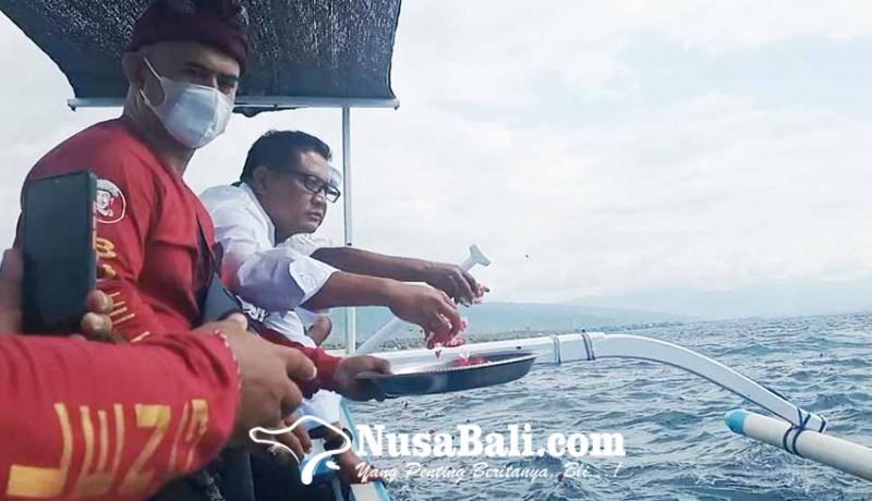 www.nusabali.com-dpd-projo-bali-gelar-tabur-bunga-untuk-kri-nanggala-402