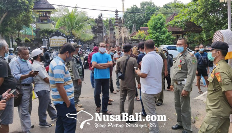 www.nusabali.com-warga-desak-bupati-cabut-izin-pabrik-limbah-b3