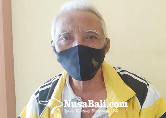 Nusabali.com - kelian-desa-adat-les-penuktukan-diperiksa-polisi