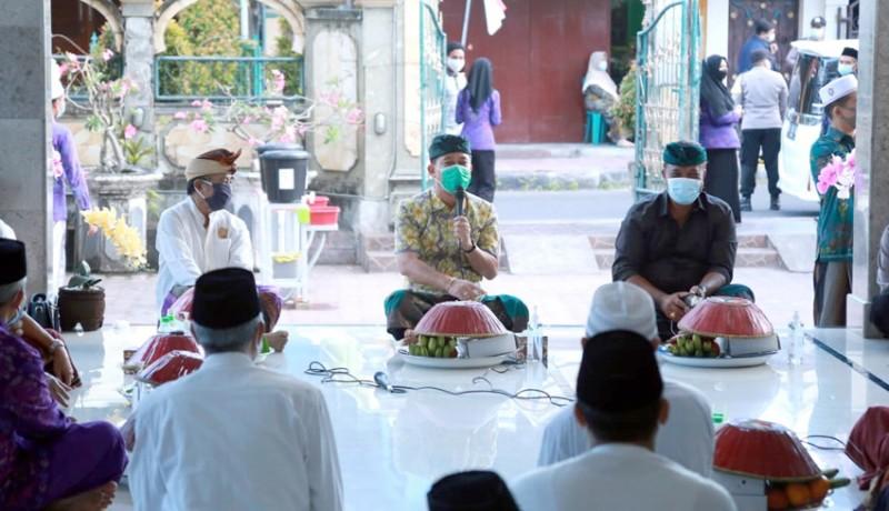www.nusabali.com-pemkab-klungkung-hadiri-buka-puasa-dengan-masyarakat-kampung-muslim