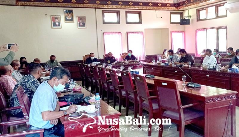 www.nusabali.com-pansus-vi-rekomendasikan-belasan-item-ke-eksekutif-untuk-dituntaskan