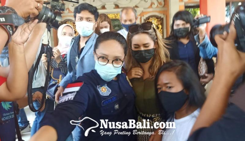 www.nusabali.com-wna-prank-masker-lukis-di-bali-akhirnya-dideportasi