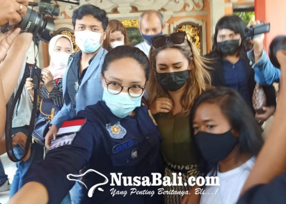 Nusabali.com - wna-prank-masker-lukis-di-bali-akhirnya-dideportasi